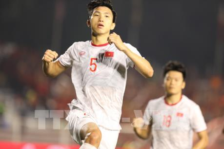 Chung kết SEA Games 30: Văn Hậu lập công, U22 Việt Nam dẫn trước 1-0