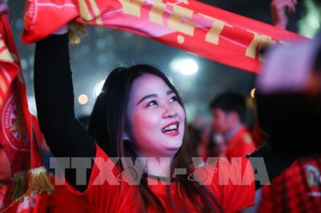 Việt Nam ăn mừng HCV SEA Games lịch sử của đội tuyển bóng đá nam