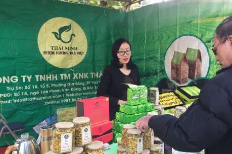 Khai mạc Hội chợ xúc tiến thương mại cho các hợp tác xã năm 2019