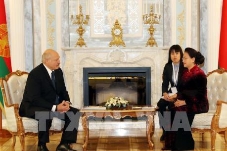 Việt Nam đánh giá cao sự phối hợp chặt chẽ của Belarus tại tổ chức, diễn đàn quốc tế