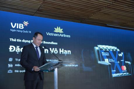 Vietnam Airlines bắt tay với VIB ra mắt thẻ ưu đãi
