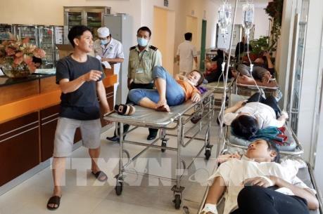 An Giang: Hơn 50 công nhân phải cấp cứu nghi bị ngộ độc thực phẩm