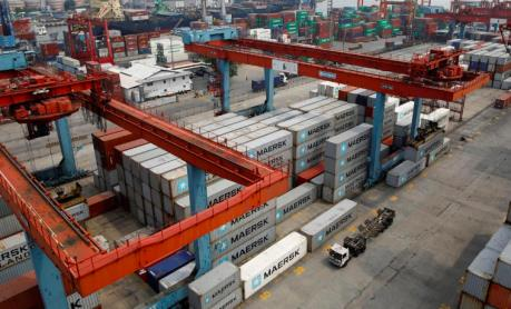 """Thâm hụt thương mại của Indonesia lập """"đỉnh"""" trong bảy tháng"""