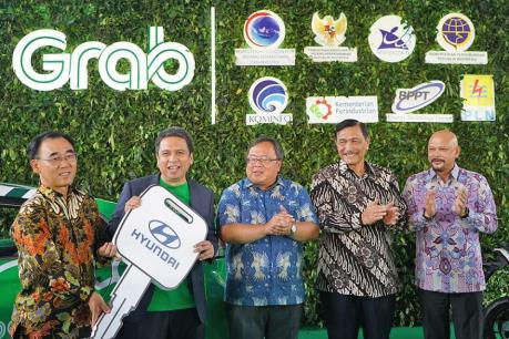 "Hyundai ""bắt tay"" Grab triển khai dịch vụ xe điện tại Indonesia"