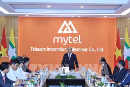 Thủ tướng thăm một số cơ sở đầu tư trọng điểm của doanh nghiệp Việt Nam tại Myanmar