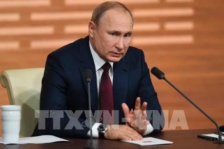 Tổng thống Nga khẳng định vaccine Sputnik V an toàn và hiệu quả