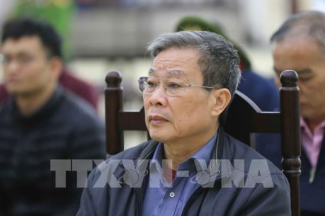 Vụ MobiFone mua AVG: Bị cáo Nguyễn Bắc Son gửi thư động viên gia đình nộp 3 triệu USD