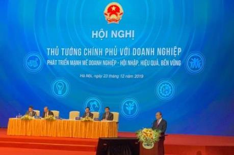 Thủ tướng Nguyễn Xuân Phúc: Chính phủ tiếp tục cam kết đồng hành cùng doanh nghiệp