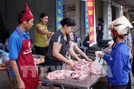 """Ngịch cảnh thịt lợn """"mất mùa được giá"""" và bài toán cân bằng thị trường"""