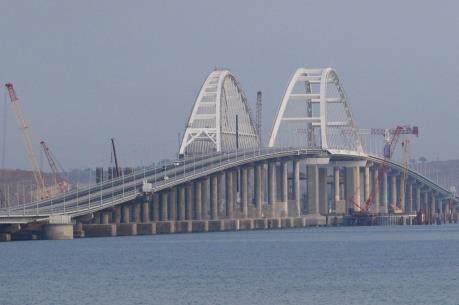 Nga khánh thành cầu đường sắt vượt Eo biển Kerch