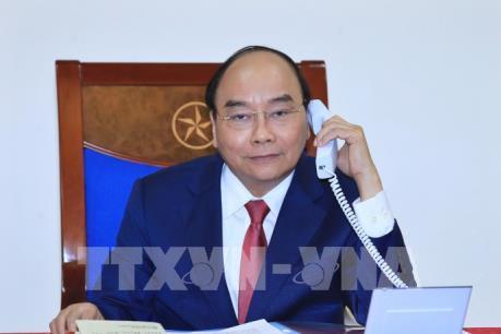 Thủ tướng Nguyễn Xuân Phúc điện đàm với Thủ tướng Chính phủ Liên bang Nga Dmitry Medvedev