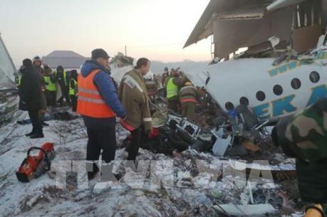 Vụ rơi máy bay tại Kazakhstan: Ít nhất 7 người thiệt mạng