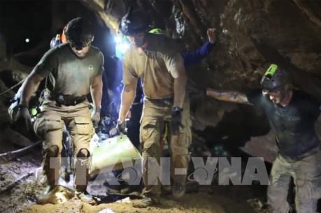 Thêm một lính đặc nhiệm trong nhóm giải cứu đội bóng nhí qua đời