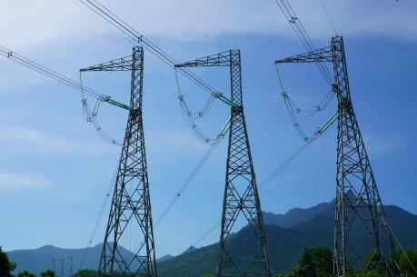 Truyền tải an toàn hơn 9,2 tỷ kWh qua khu vực miền Trung và Tây Nguyên