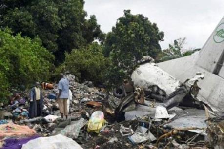 Rơi máy bay vận tải quân sự tại Sudan, 18 người chết