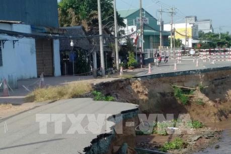 An Giang: Phát hiện hai mảng nứt lớn trên Quốc lộ 91