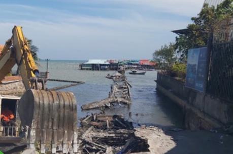 Phú Quốc tháo dỡ cầu cảng Hàm Ninh