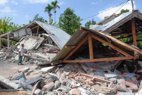 Indonesia rung chuyển do động đất