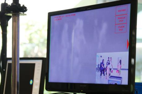 Ngừa bệnh viêm phổi lạ, 4 sân bay ở Thái Lan đặt thiết bị đo thân nhiệt
