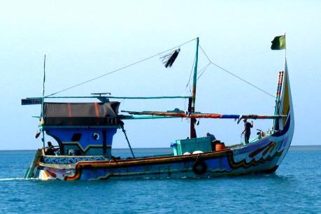Indonesia điều hàng trăm tàu cá đến vùng biển Natuna