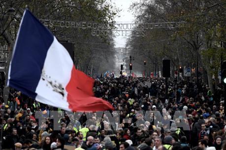 Pháp sẵn sàng thảo luận về điều chỉnh tuổi nghỉ hưu người lao động