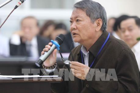 Xét xử hai nguyên lãnh đạo TP Đà Nẵng: Tranh luận việc chuyển nhượng 22 nhà, đất công sản