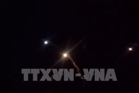 Tấn công bằng rocket vào vùng Xanh ở thủ đô của Iraq