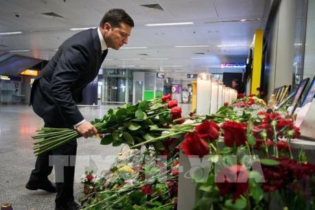 Ukraine tuyên bố quốc tang tưởng nhớ nạn nhân vụ rơi máy bay ở Iran