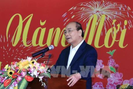 Thủ tướng Nguyễn Xuân Phúc gặp mặt cán bộ miền Trung