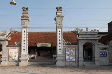 Du lịch làng gốm Bát Tràng dịp Tết với giá dưới 10.000 đồng