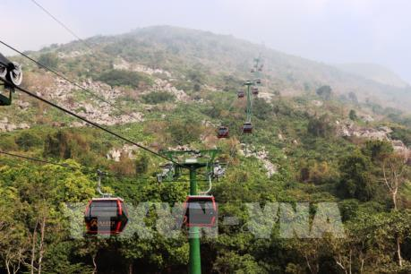 Khai trương tuyến cáp treo lên đỉnh núi Bà Đen Tây Ninh