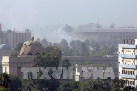 Thêm 3 quả rocket rơi gần Đại sứ quán Mỹ ở thủ đô Baghdad, Iraq