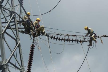 Tổn thất điện năng qua khu vực miền Trung và Tây Nguyên cao