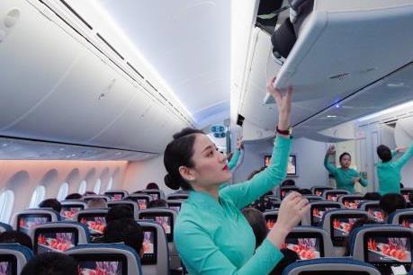 Bộ trưởng Nguyễn Văn Thể gửi thư khen tiếp viên Vietnam Airlines