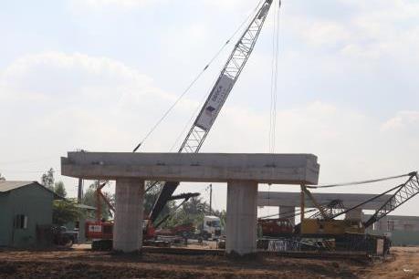 Công trường cao tốc Trung Lương - Mỹ Thuận dịp Tết Nguyên đán