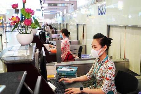 Vietnam Airlines hỗ trợ khách hàng trước dịch viêm phổi do virus Corona