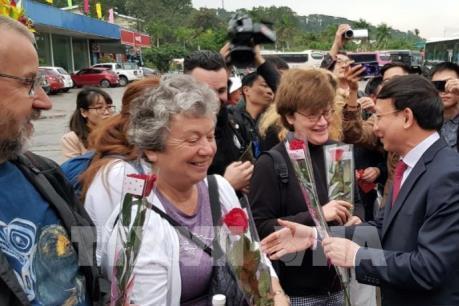 Quảng Ninh đón những vị khách quốc tế xông đất đầu năm mới