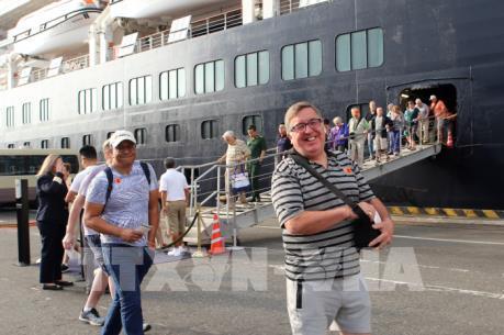 Đà Nẵng đón 1.250 du khách quốc tế đầu tiên đến bằng đường biển