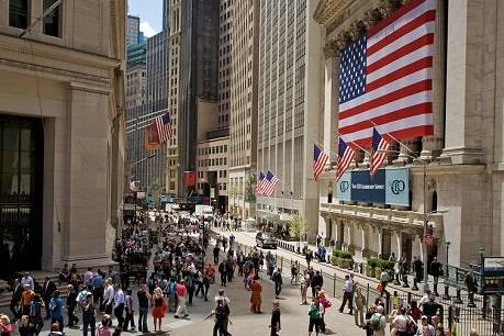 """New York """"soán ngôi"""" London trở thành trung tâm tài chính số một thế giới"""
