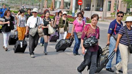 Nhóm du khách Trung Quốc tại Vinpearl Nha Trang giảm 50%