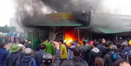 Cháy lớn chợ Phủ Diễn, Nghệ An