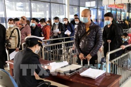 Quảng Ninh tạm dừng đón khách du lịch Trung Quốc