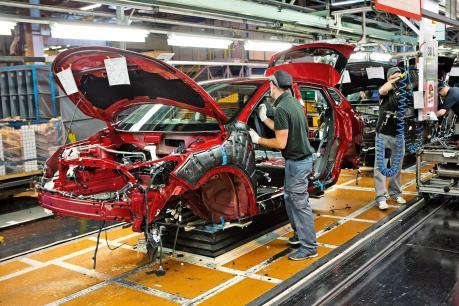 Sản lượng ô tô của Anh giảm mạnh nhất kết từ năm 2009