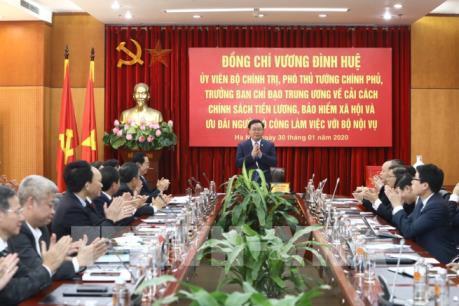 Phó Thủ tướng đưa ra thông điệp về cải cách chính sách tiền lương