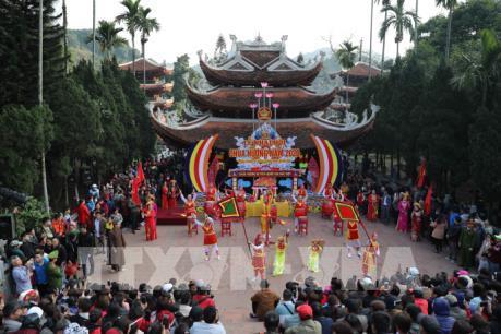 Khai hội chùa Hương - Xuân Canh Tý 2020