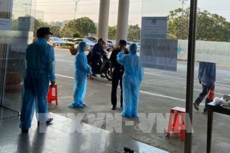 Dịch do virus Corona: Doanh nghiệp phòng dịch ngay từ cổng nhà máy
