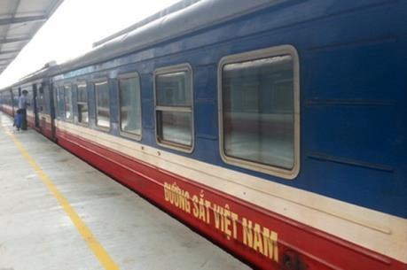 Dịch viêm đường hô hấp cấp do nCoV: Đường sắt vắng khách