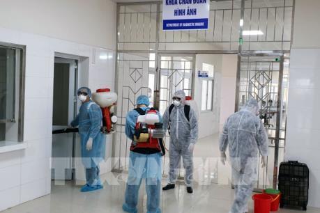 Quảng Ninh: 6 người bay cùng bệnh nhân thứ 17 âm tính với SARS-CoV-2