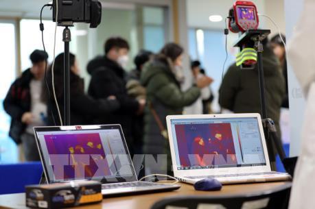 Hàn Quốc phân tách thành công chủng mới virus Corona
