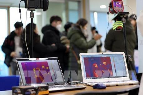 Dịch do virus Corona: Sự nở rộ của các nền tảng phát video trực tuyến